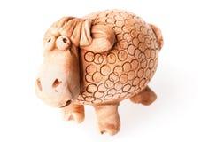 Brown ceramiczna barania lala odizolowywająca na bielu Obrazy Stock