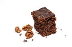 Brown ciastko z dokrętkami na białym tle fotografia royalty free