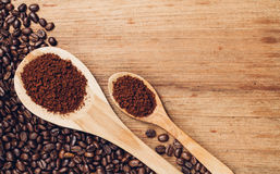 Brown coffee powder and bean Stock Images
