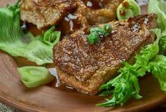 Brown cukieru wieprzowiny kotleciki obrazy stock