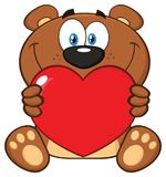 Brown de sourire Teddy Bear Cartoon Mascot Character tenant Valentine Love Heart illustration libre de droits