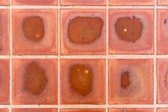 Brown deckt Muster mit Ziegeln Lizenzfreie Stockbilder