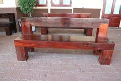 Brown drewniana ławka fotografia stock