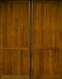 Brown drewniany drzwi Fotografia Royalty Free