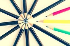 Brown drewniany ołówek układa jako kurenda zdjęcie stock