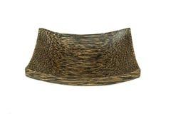 Brown drewniany talerz z drewnianą teksturą odizolowywającą na białym backg Zdjęcia Royalty Free