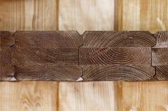 Brown drewno ci?cy z widokiem textured rocznych pier?cionk?w obrazy royalty free