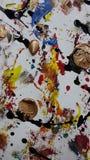 Brown en un mundo colirful Imagen de archivo libre de regalías
