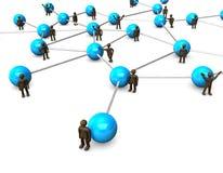 Brown-Figürchen, blaues Netz stockfotografie