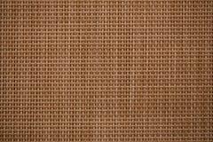 Brown gesponnenes Bambuskreuzmuster stockbild
