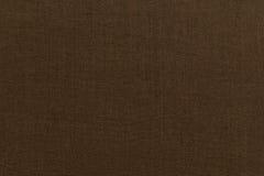 Brown-Hintergrundluxusstoff oder gewellte Falten Beschaffenheits-Satinsamts des Schmutzes des silk Lizenzfreie Stockfotografie