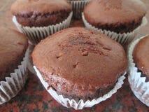 Brown-kleine Kuchen Lizenzfreie Stockbilder