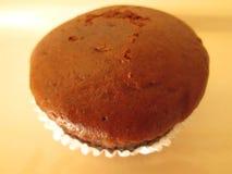 Brown-kleiner Kuchen lizenzfreies stockbild