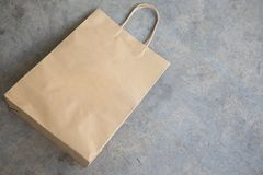 Brown kraft paper bag for shopping Royalty Free Stock Photography