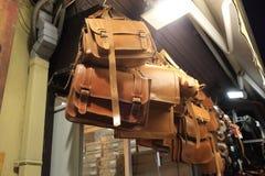 Brown läderhandväskor Fotografering för Bildbyråer