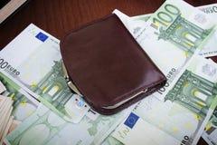 Brown-Männer ` s Geldbeutelansicht von hinten Stockfotografie