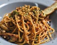 Brown masła spaghetti Aglio Olio Zdjęcie Stock