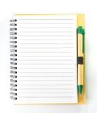 Brown-Notizbuch, Anmerkung Ecru natürlich mit einem Stift Lizenzfreies Stockfoto