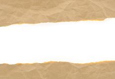 Brown papper skrynklade rivet med kopieringsavstånd för text arkivbild