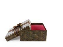 Brown presenta la scatola con l'involucro delle rose del fiore dal nastro. Includa la clip Immagini Stock Libere da Diritti