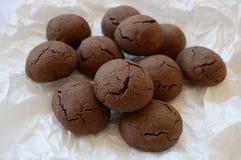 Brown rachou a cookie com chocolate líquido fotos de stock