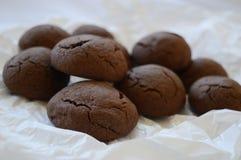 Brown rachou a cookie com chocolate líquido imagens de stock