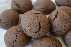 Brown rachou a cookie com chocolate líquido foto de stock