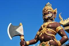 Brown-Riese im siamesischen Tempelnorden von Thailand Stockfoto