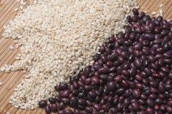 Brown ryż i czerwone fasole Zdjęcia Stock