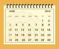 Brown-Seite im Juni 2018 auf Mandalahintergrund Lizenzfreie Stockfotos