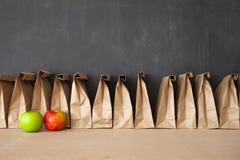 Brown-Taschen-Schulmahlzeit Lizenzfreies Stockfoto