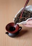 Brown-Teekanne Lizenzfreie Stockbilder