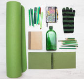 Brown und grüne Gegenstände Lizenzfreies Stockbild