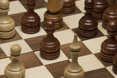Brown und weiße Zahlen auf Schachschreibtisch Stockbild