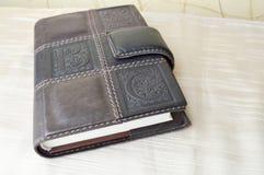 Brown, viejo, vintage, cuaderno retro, de cuero imagenes de archivo