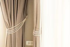 Brown-Vorhang lizenzfreies stockfoto