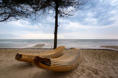 Brown Wooden Windsor Sun Lounger Stock Photography