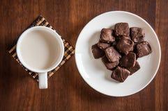 Brownie γάλα μπισκότων Στοκ Φωτογραφία