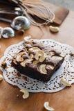 Brownie και των δυτικών ανακαρδίων κέικ καρυδιών Στοκ φωτογραφία με δικαίωμα ελεύθερης χρήσης