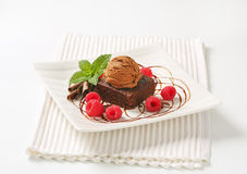 Brownie cake and chocolate ice cream Royalty Free Stock Photography