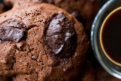 Brownie Chocolate Cookies med espresso Fotografering för Bildbyråer