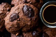 Brownie Chocolate Cookies med espresso Royaltyfri Fotografi