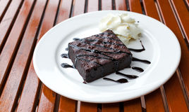 Brownie and cream Royalty Free Stock Photos