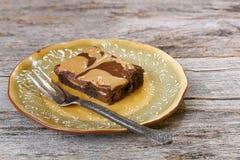 Brownie de la mantequilla y del chocolate de cacahuete Fotografía de archivo