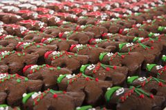 Brownie di Natale su una tavola Fotografia Stock Libera da Diritti