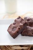 Brownie hechos en casa cauchutosos de Fudgy Imágenes de archivo libres de regalías
