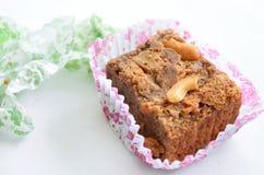 Brownie su bianco Fotografie Stock