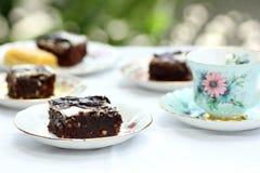 Brownies που τίθεται για το χρόνο τσαγιού Στοκ Εικόνες