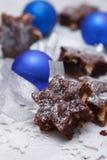 Brownies deliciosas com bolas azuis Fotografia de Stock