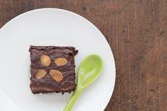 brownies Dunkle Schokoladen-Schokoladenkuchen, frisches gebacken vom Ofen, geschnitten lizenzfreies stockbild